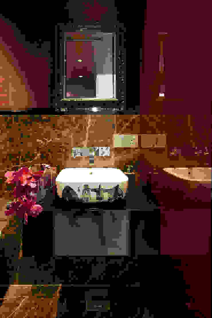 SM Apartment Modern bathroom by KdnD Studio LLP Modern