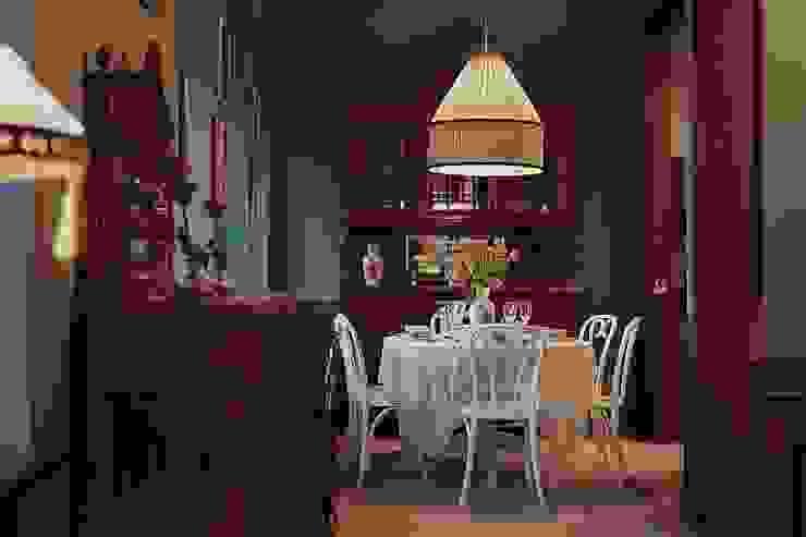 Classic style dining room by Студия братьев Жилиных Classic