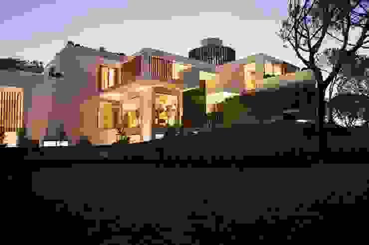 Casa Feng Shui * Quinta do Lago - Algarve por LC Vertical Gardens Moderno