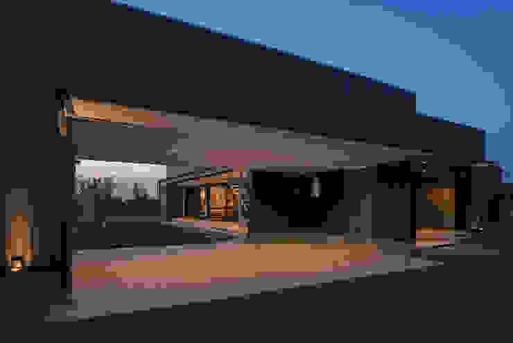 藤井下組の家 オリジナルデザインの ガレージ・物置 の 空間設計室/kukanarchi オリジナル