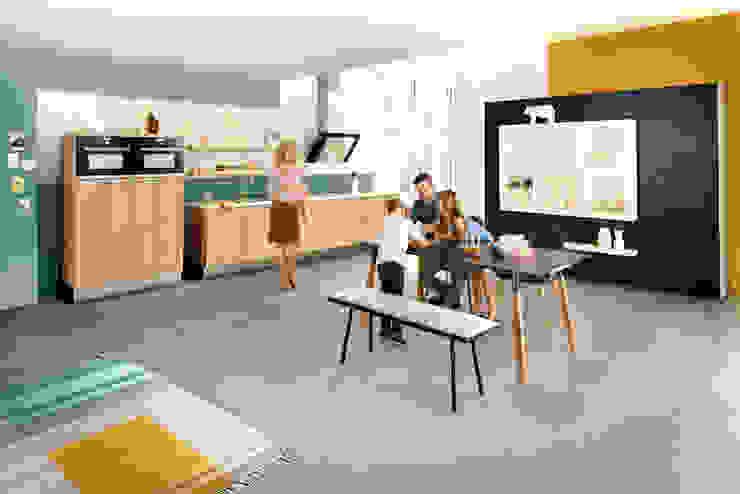 por Häcker Küchen Moderno