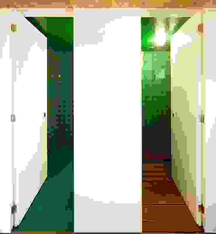 Casa no Levante por Camarim Arquitectos