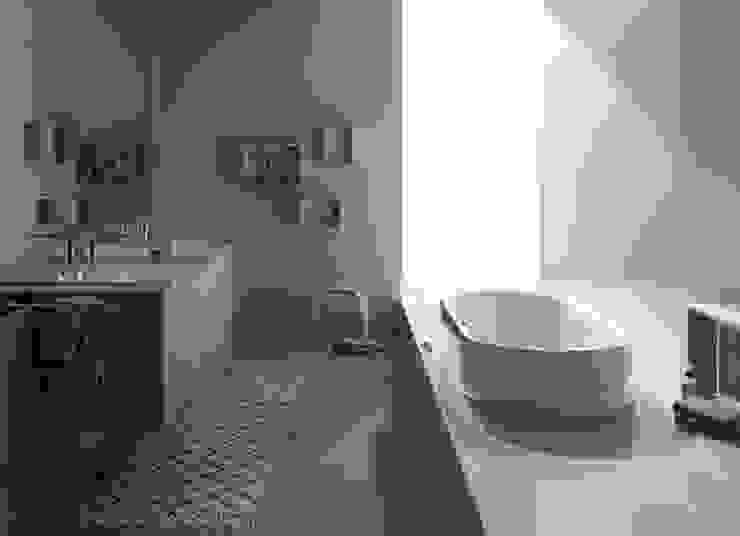 modern  by Preto&Pinho, Modern