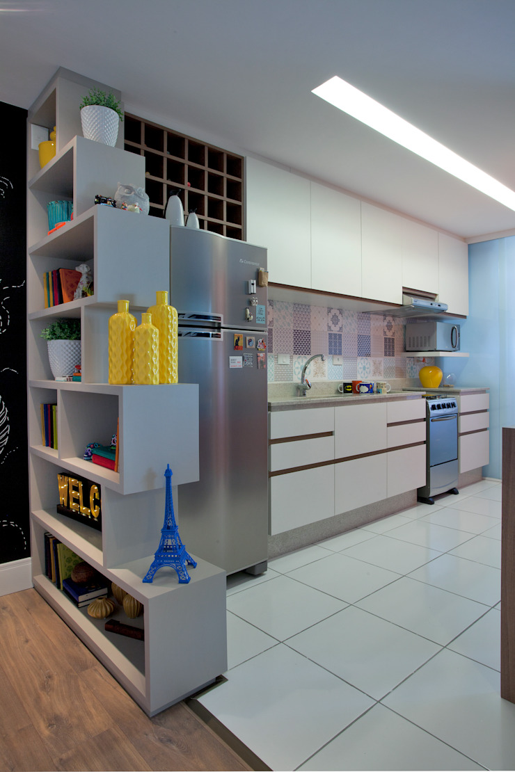 UNION Architectural Concept Modern kitchen Engineered Wood Multicolored