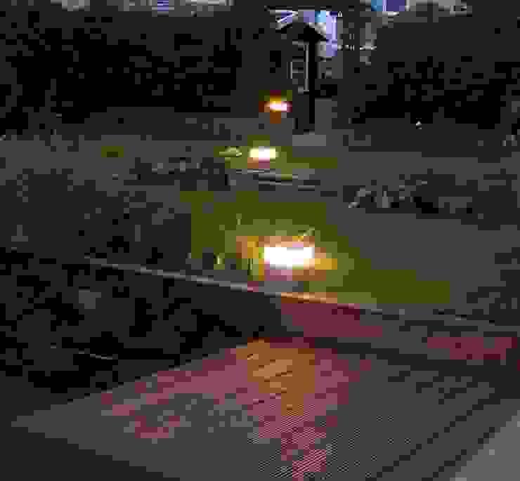 Alex Detournay Luminaires :  tarz Balkon, Veranda & Teras