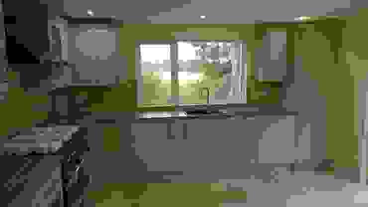 Grey Kitchen: modern  by Architects Scotland Ltd, Modern