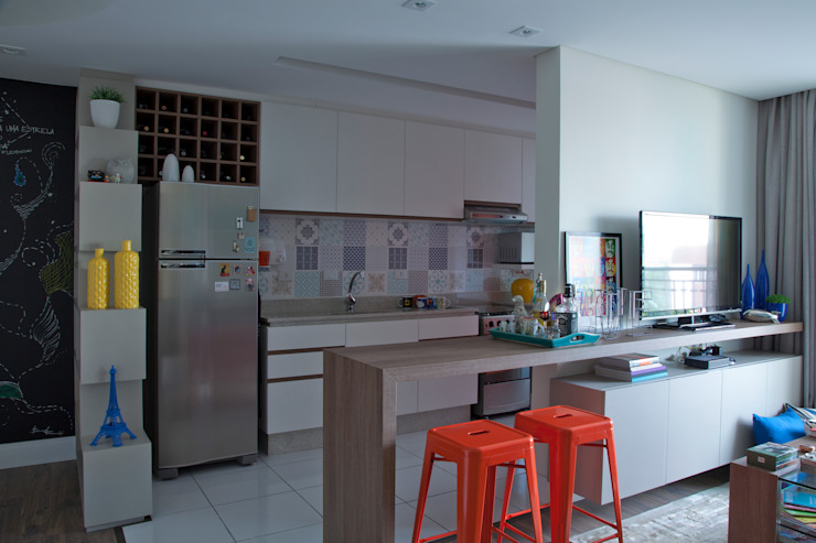 UNION Architectural Concept Modern kitchen Ceramic Multicolored