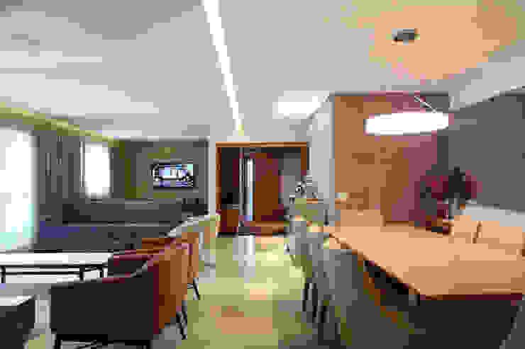 Apartamento Erédita Corredores, halls e escadas modernos por GRACIELA PIÑERO ARQUITETURA E DECORAÇÃO Moderno
