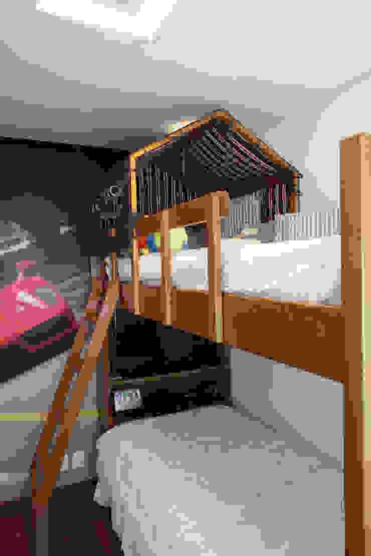 Apartamento Erédita Quarto infantil moderno por GRACIELA PIÑERO ARQUITETURA E DECORAÇÃO Moderno