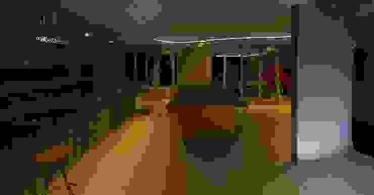 Interiores e Luminotécnica de Residência Salas de estar modernas por Henrique Thomaz Arquitetura e Interiores Moderno