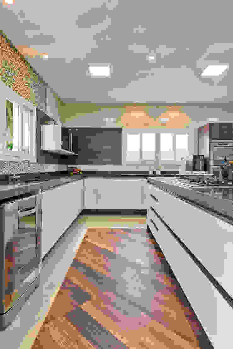 RVD Cozinhas ecléticas por Angelica Pecego Arquitetura Eclético