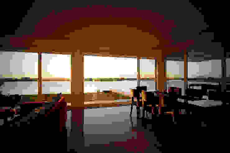 Casa MaLi Livings modernos: Ideas, imágenes y decoración de MiD Arquitectura Moderno