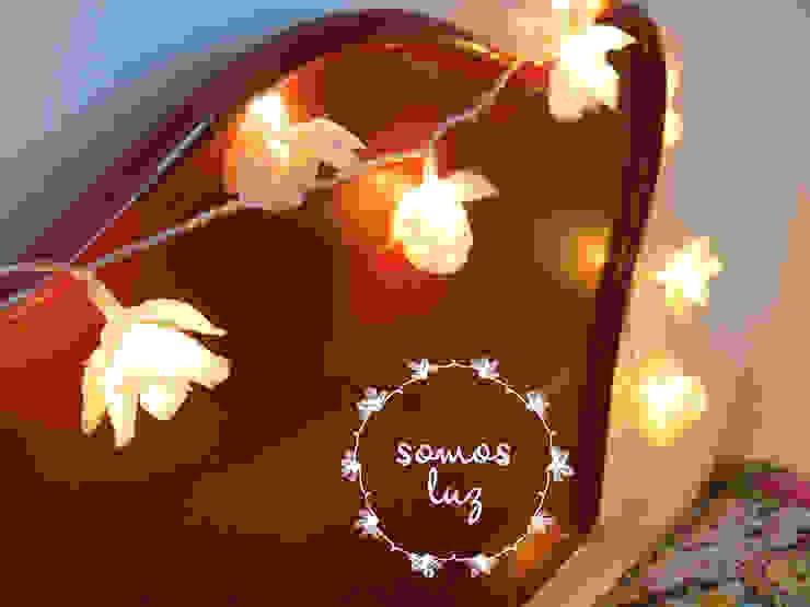 flores handmade color crema de Somos Luz Mediterráneo