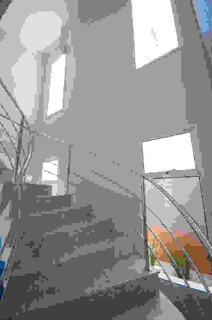 RPA Corredores, halls e escadas ecléticos por Angelica Pecego Arquitetura Eclético