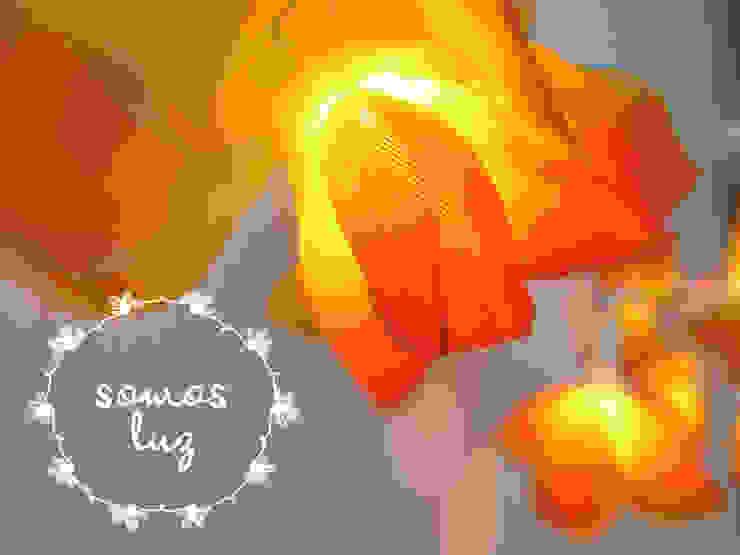 flores handmade naranjas de Somos Luz Mediterráneo