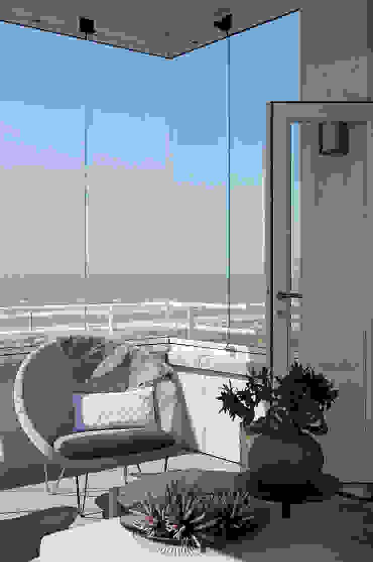 Appartement aan Zee Moderne balkons, veranda's en terrassen van Grego Design Studio Modern