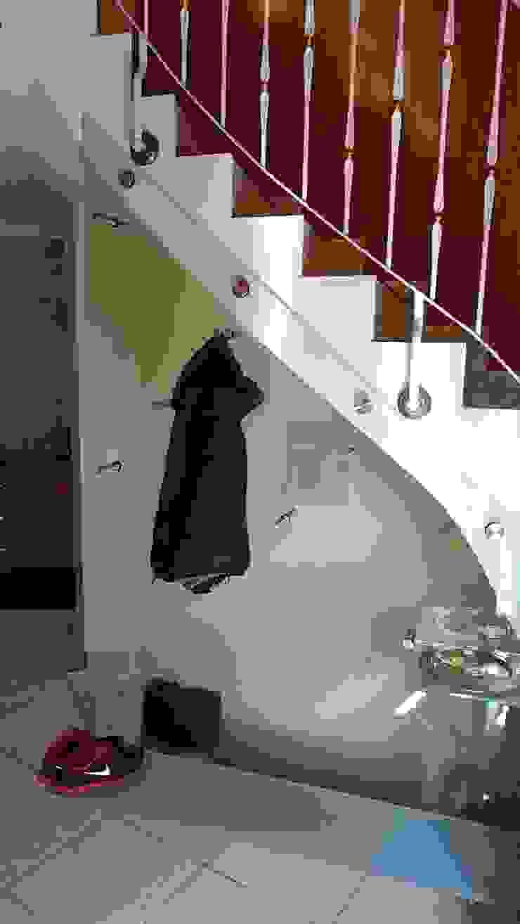 Glaserei Schmitt Pasillos, vestíbulos y escaleras de estilo moderno Vidrio Transparente