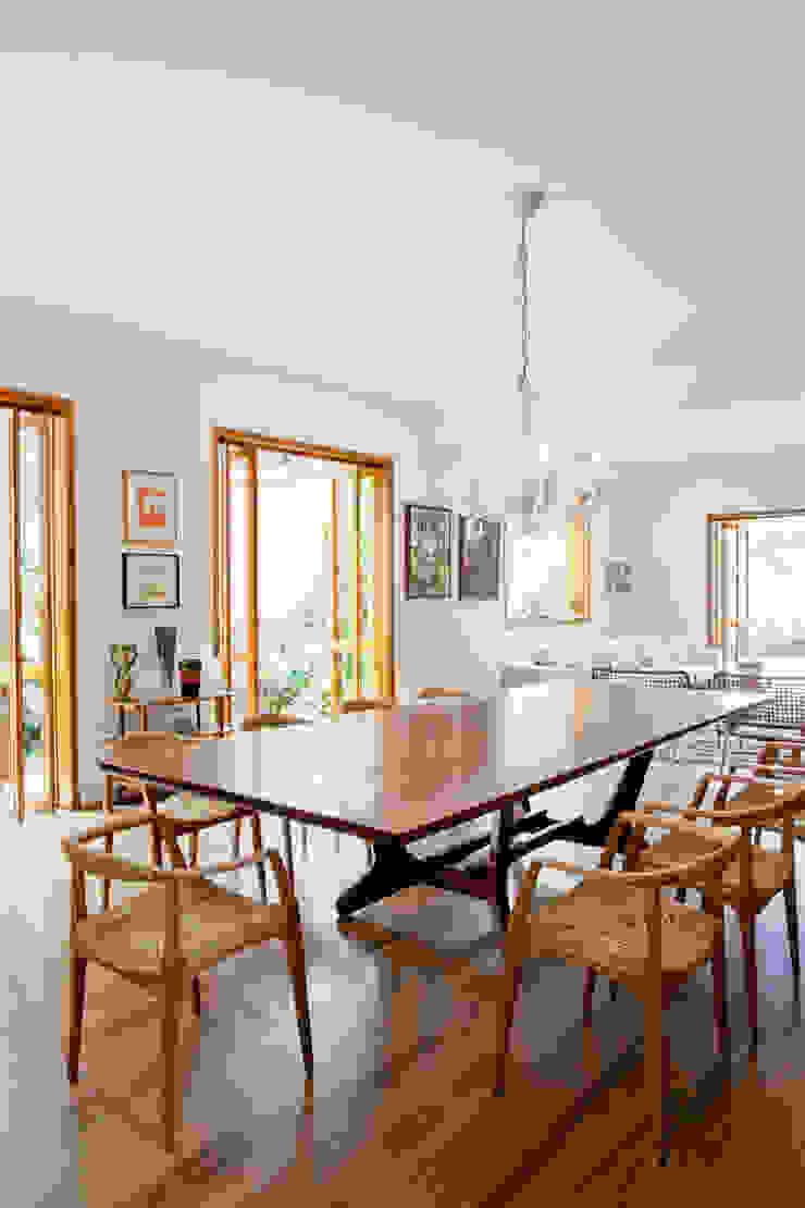 Estúdio Paulo Alves Modern dining room