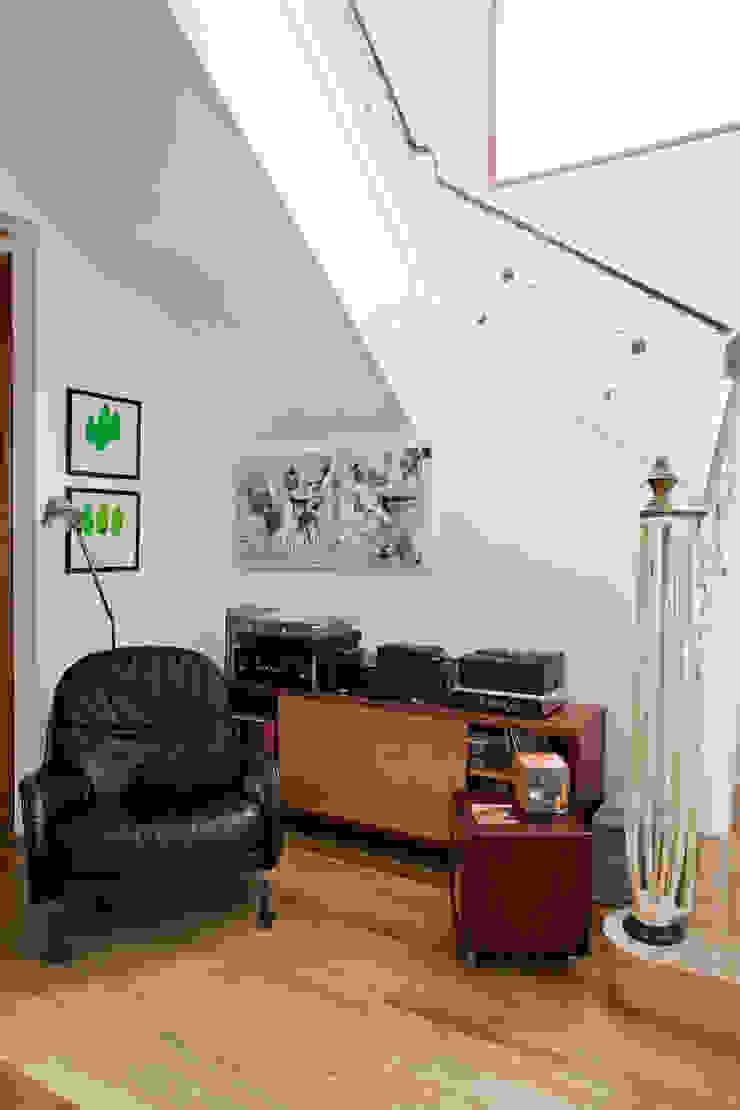 Estúdio Paulo Alves Modern living room