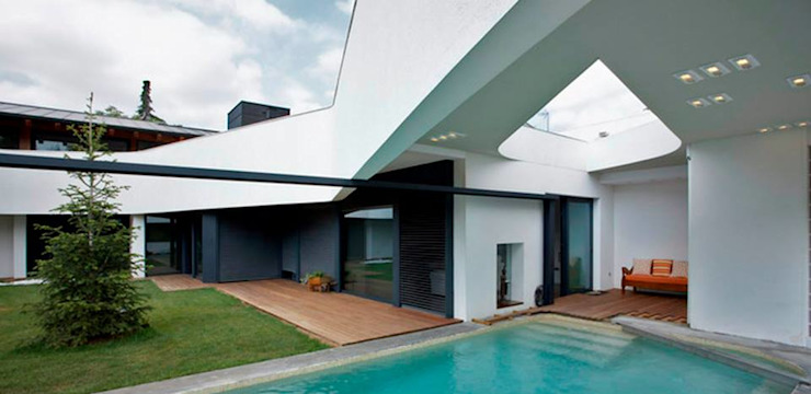 Casas clásicas de López Clavería Arquitectos Clásico