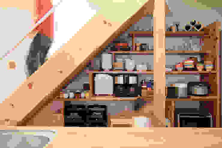 階段 下 収納