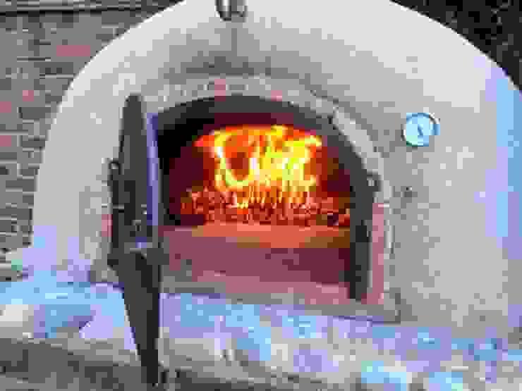 Garden wood-fired oven Jardines de estilo rústico de wood-fired oven Rústico