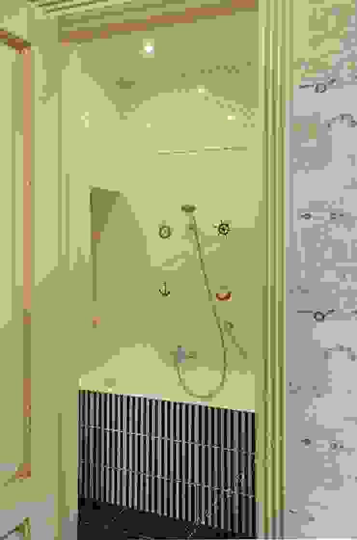 Ванная комната при спальне сына от INTERIOR PROJECT studio