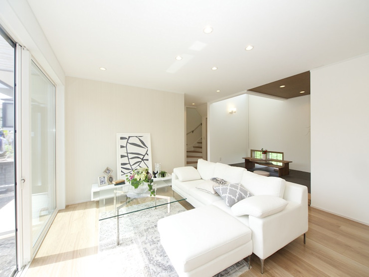 Modern Living Room by Live Sumai - アズ・コンストラクション - Modern