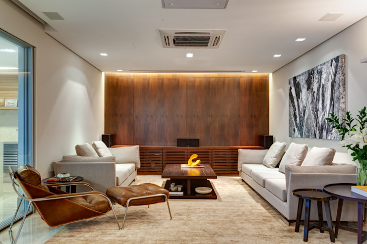 Salas modernas de Lage Caporali Arquitetas Associadas Moderno