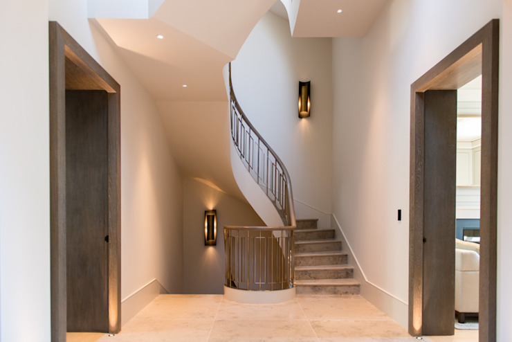 ​Staircase at Bedford Gardens house. Modern Corridor, Hallway and Staircase by Nash Baker Architects Ltd Modern Stone