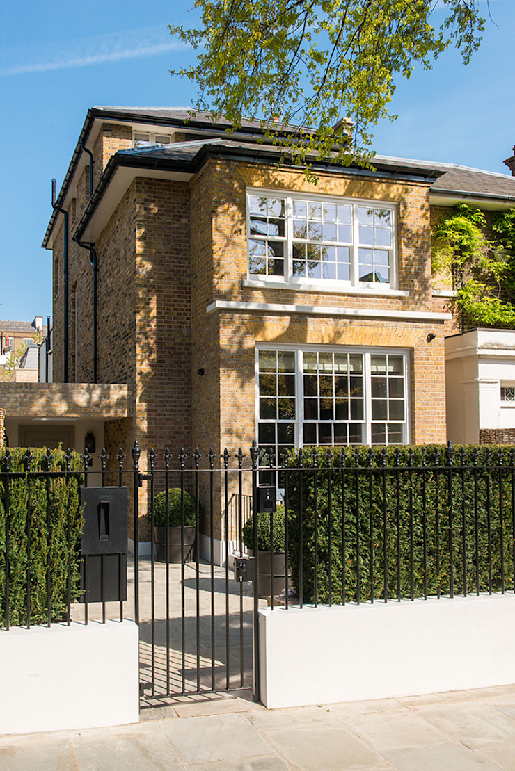 Exterior of Bedford Gardens House. โดย Nash Baker Architects Ltd โมเดิร์น อิฐหรือดินเผา