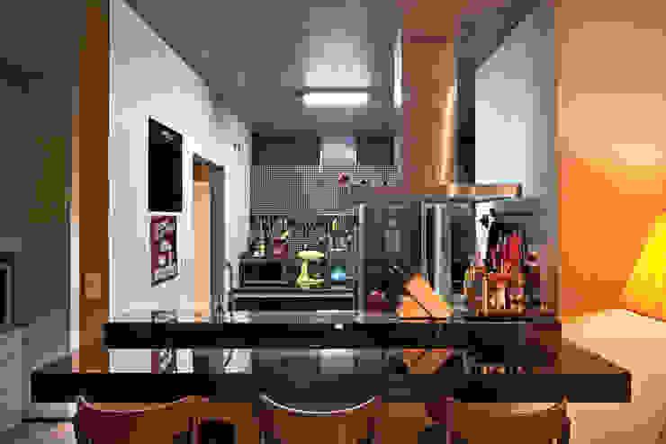 ห้องครัว by Dubal Arquitetura e Design