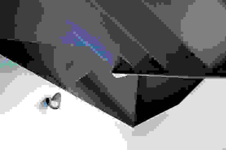 Sol 25_11 Pasillos, vestíbulos y escaleras industriales de Proyecto Cafeina Industrial Madera Acabado en madera