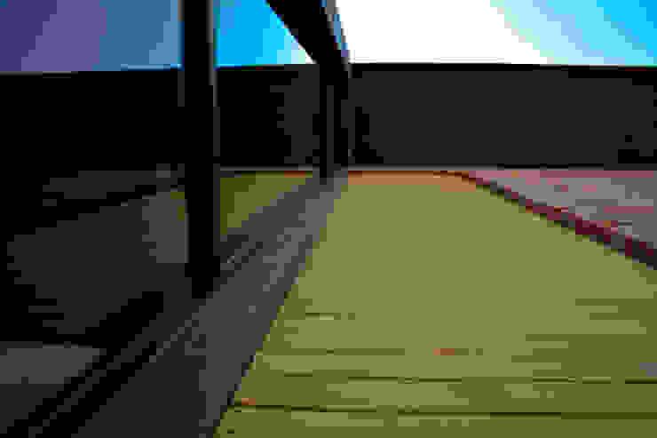 Sol 25_20 Casas industriales de Proyecto Cafeina Industrial Madera Acabado en madera