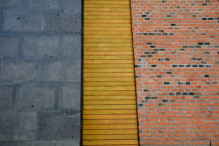 Industrial style houses by Proyecto Cafeina Industrial Wood Wood effect