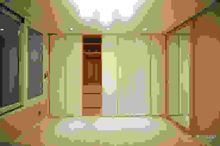 Kamar Tidur oleh 홍예디자인, Modern