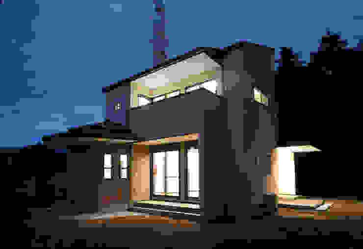 お茶屋さんの家 モダンな 家 の 池野健建築設計室 モダン