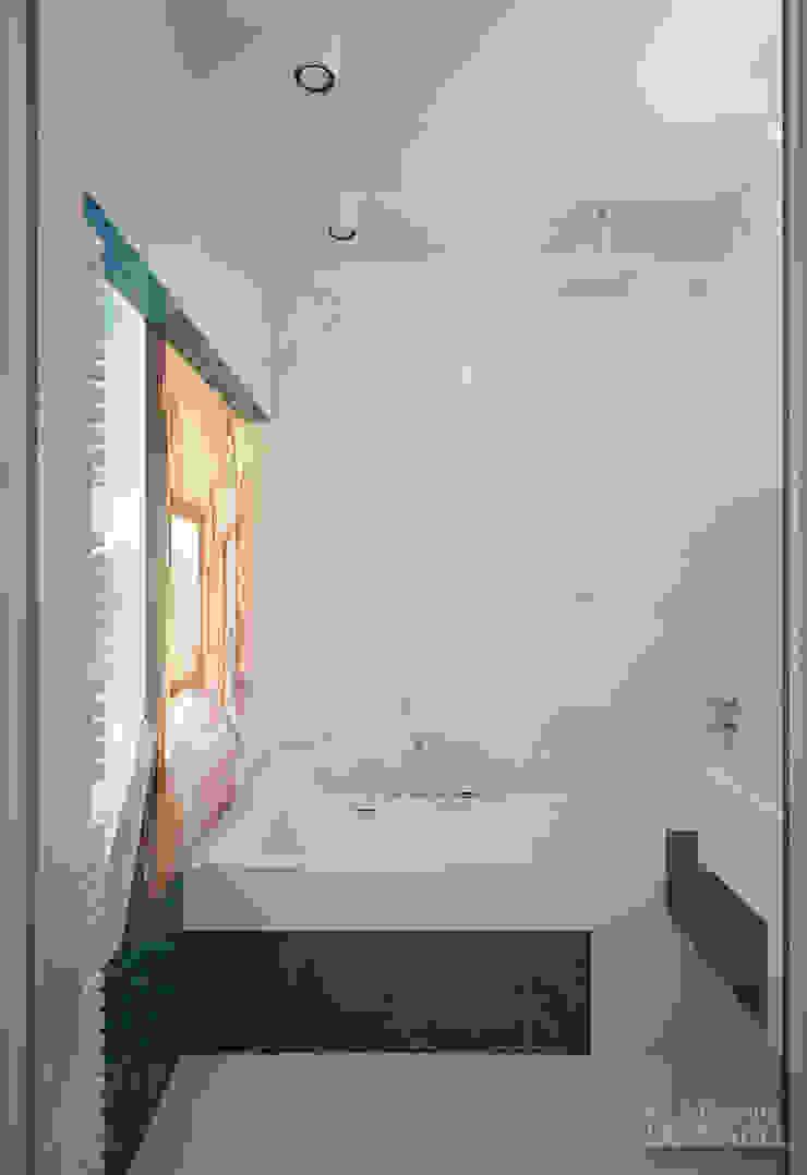 Uno mattina nebbiosa a Milano Ванная комната в стиле минимализм от Laboratorio Creativo di Vladimir Lamfadel Минимализм