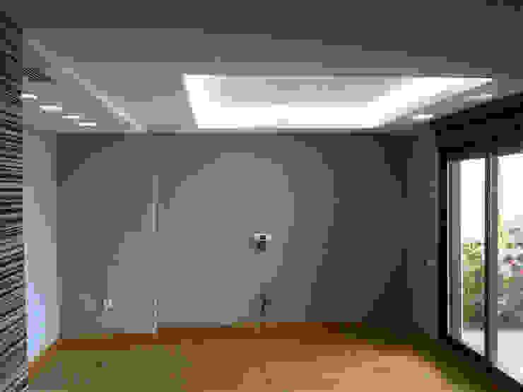 Reforma Dormitorio Dormitorios de estilo moderno de AZD Diseño Interior Moderno