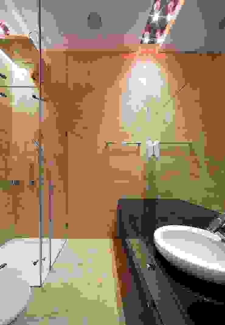 Город Яхт Ванная комната в стиле минимализм от БИГЛАСС СИСТЕМС Минимализм Стекло