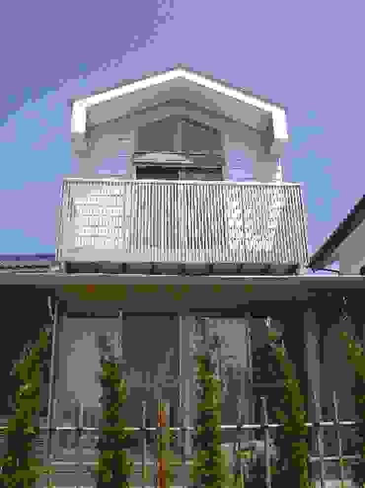 Casas modernas de 株式会社 吉野設計研究所 Moderno