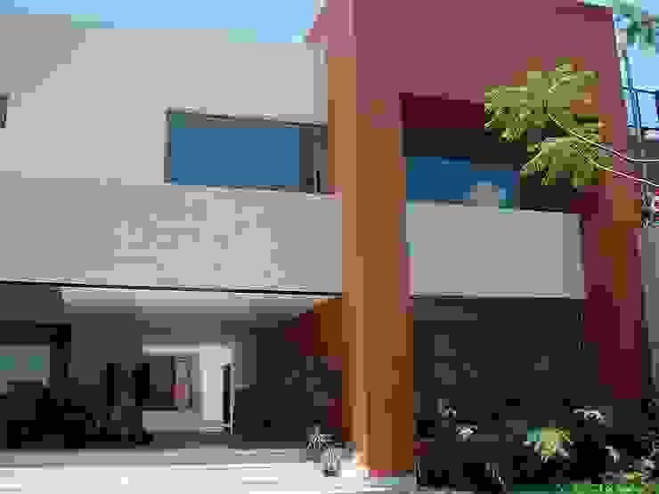Mayúscula Arquitectos Maisons modernes