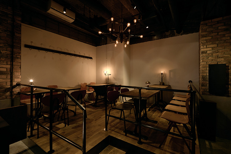 COCKTAIL WORKS の initial JAPAN-inc モダン