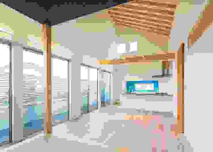 リビングダイニングキッチン オリジナルデザインの リビング の Unico design一級建築士事務所 オリジナル