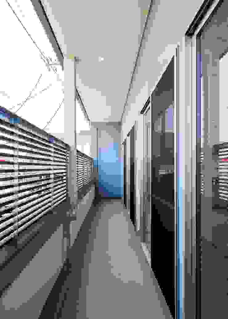 バルコニー オリジナルデザインの テラス の Unico design一級建築士事務所 オリジナル