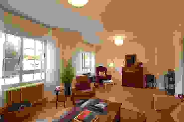 Aprecia Home Staging de aprecia home staging Moderno