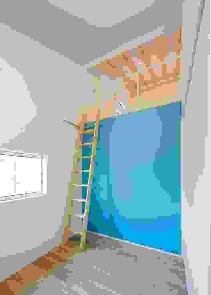 子供室 オリジナルデザインの 子供部屋 の Unico design一級建築士事務所 オリジナル