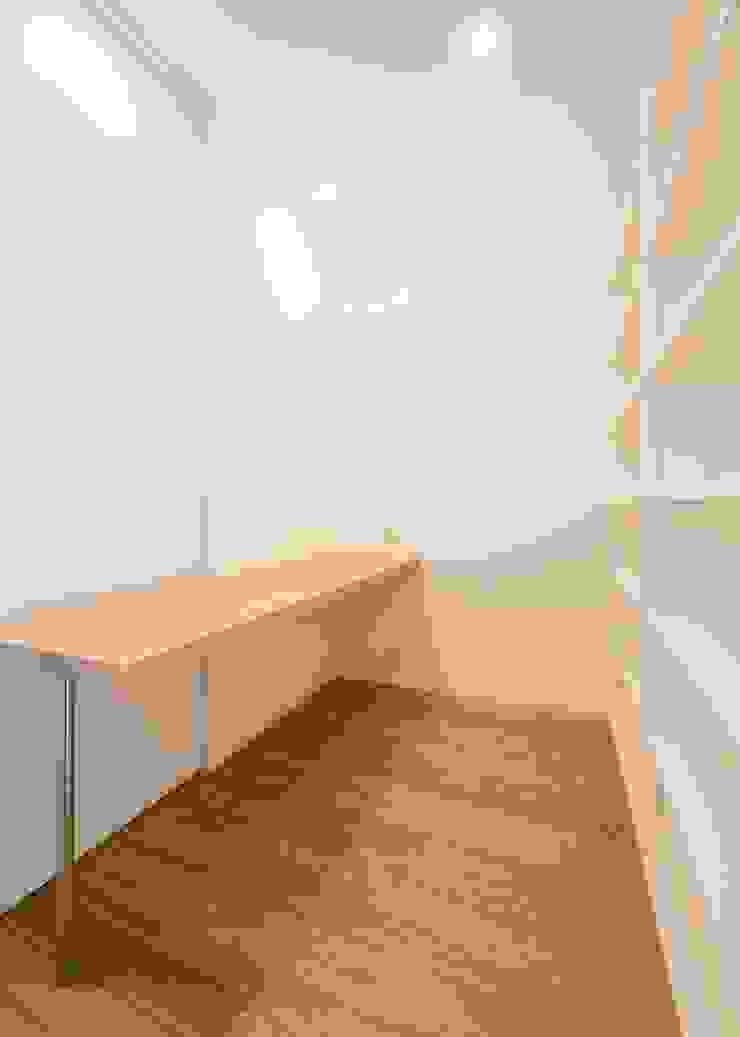 家族ライブラリー オリジナルデザインの 書斎 の Unico design一級建築士事務所 オリジナル