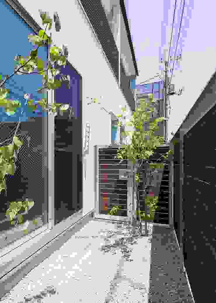 賃貸専用庭 オリジナルデザインの テラス の Unico design一級建築士事務所 オリジナル