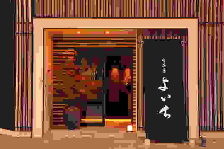 FACADE1 アジア風レストラン の 株式会社DESIGN STUDIO CROW 和風